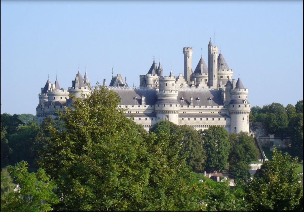 Chateau de pierrefonds, suggéré par les nuits insolites